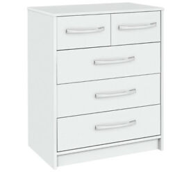 Collection Tilbury 3 + 2 Drawer Chest - White