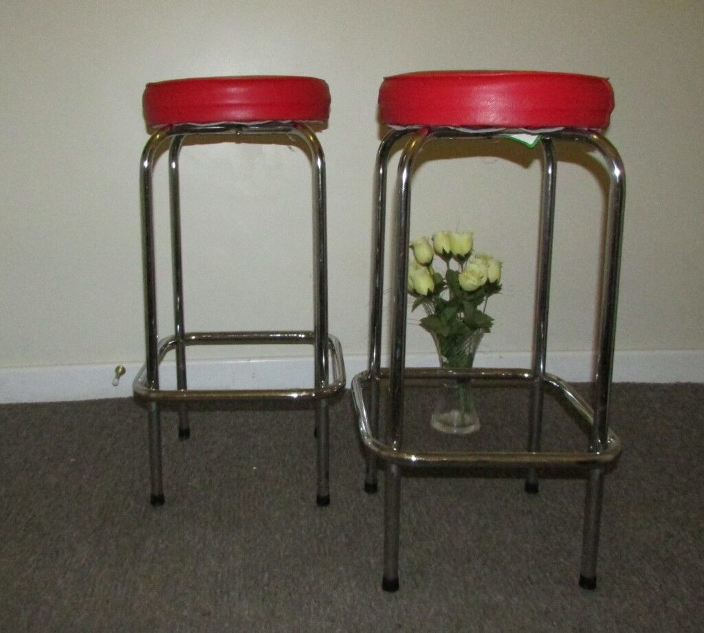 2 retro style stools breakfast bar stools kitchen dining room furniture red