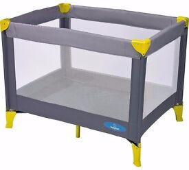 Babystart Travel Cot FOR SALE, London, N5. Nearly new, perfect for 0-24 months
