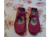 Ladies Cushion Walk Sandals