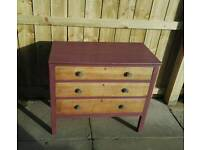 Solid Oak chest of drawers dovetail joints stunning immaculate as new can deliver