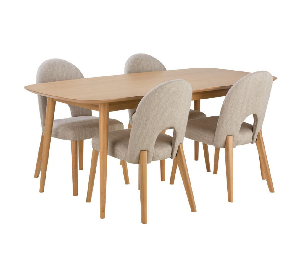 Home Of Style Hartwell Dining Table With 4 Cream Chairs