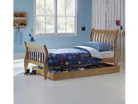 Single wooden bed frame (No mattress)