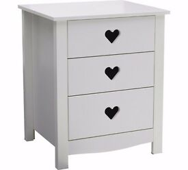 Ex display Mia 3 Drawer Bedside Chest - White