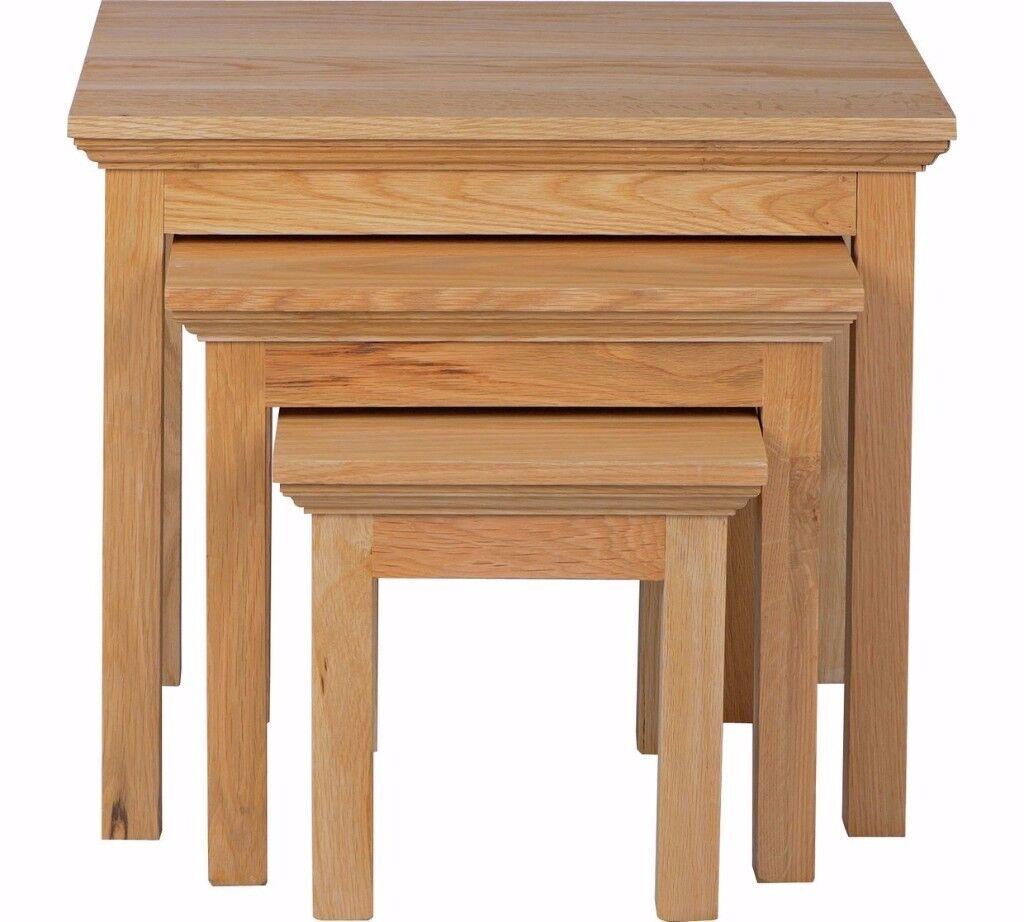Ex-display Knightsbridge Nest of 3 Oak & Oak Veneer Tables