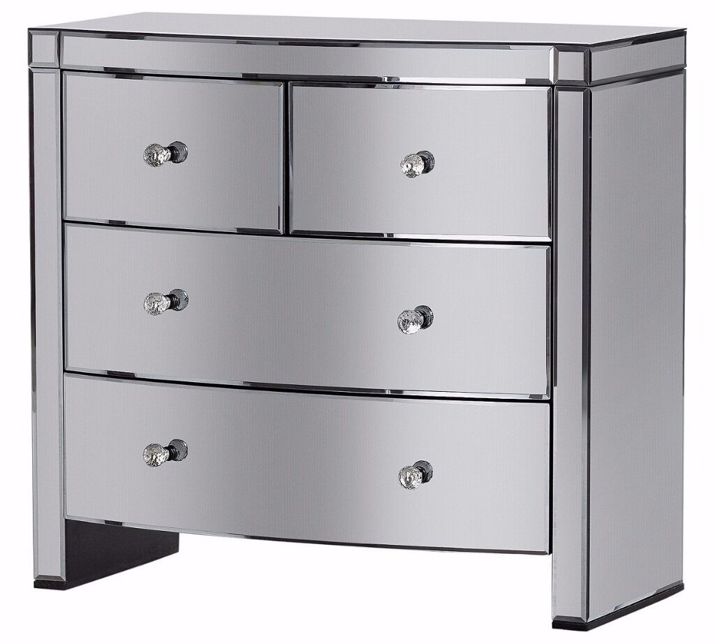 Ex-Display Canzano 4 Drawer Mirrored Chest