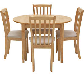 Collection Banbury Ext Dining Table and 4 Chairs - Natural