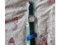 MENS RAVEL SILICONE STRAP WATCH. NEW