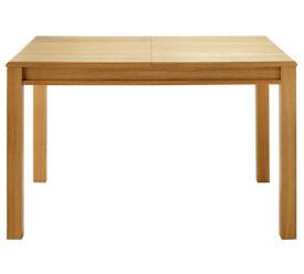 Heart of House Clevedon Oak Veneer Extendable Dining Table