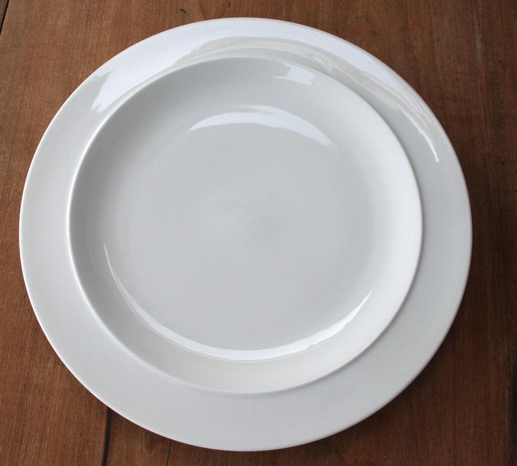 ONE DENBY WHITE LARGE GOURMET DINNER PLATES 12.5  TWELVE IN TOTAL & ONE DENBY WHITE LARGE GOURMET DINNER PLATES 12.5