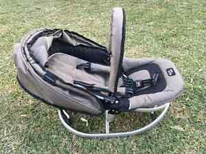 Valcobaby baby Rocker Only $30.00 Pickup Only! Burwood Heights Burwood Area Preview