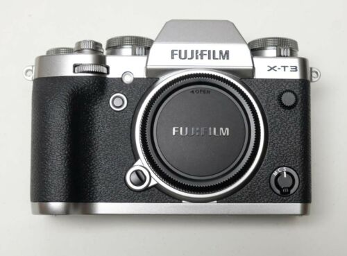 FUJI X-T3 SILVER BODY MINT!  SHUTTER COUNT (173)