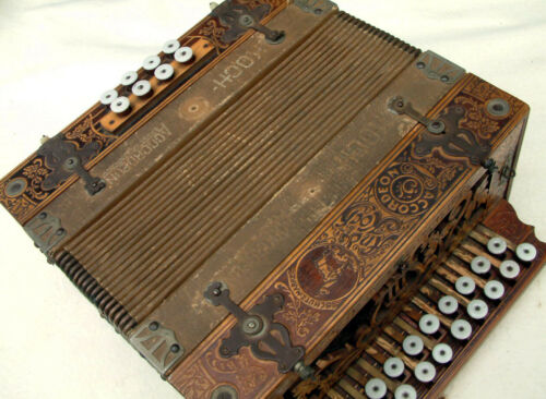 Button Box Koch Accordian, Accordean made in Germany 21 treble keys, 8 bass