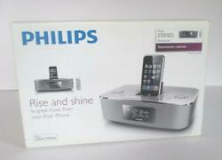 PHILIPS DC290 Radio Alarm Clock with iPod iPhone Docking Station Open Box