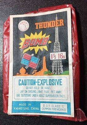 """Vintage FIRECRACKER LABEL Only Wrapper THUNDER BOMB 1 1//2/"""" 16 S blue Horse Brand"""