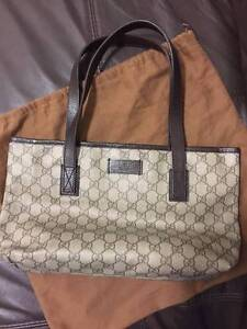 GUCCI beige brown GG coated canvas small tote bag - PRISTINE St Leonards Willoughby Area Preview