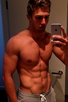 Shirtless Muscular Male Beefcake Athletic Dude Muscle Hunk PHOTO 4X6 D506