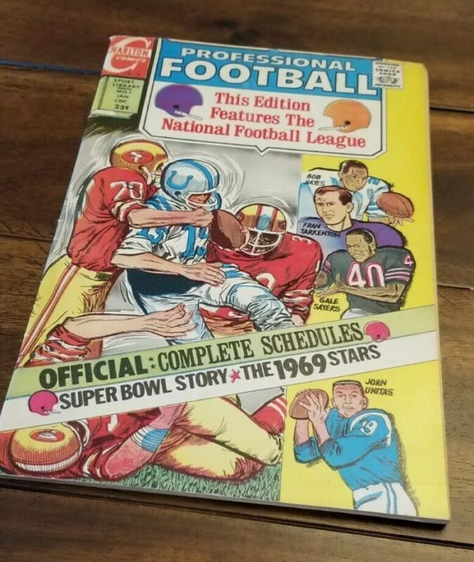 CHARLTON SPORT LIBRARY - PROFESSIONAL FOOTBALL no. 1 Winter 1969 NM- NFL Teams