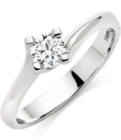 BEAVERBROOKS PLATINUM DIAMOND SOLITAIRE ENGAGEMENT RING - SIZE K - RRP £2500.00