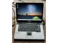 Medion MD96320 15.4'' Dual Core SSD NVidia Laptop Win 10 Webcam DVD-RW Cheap