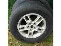 Discovery alloy wheel