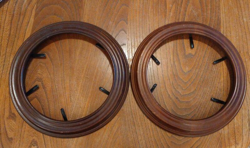 2 Van Hygan & Smythe Wood Wooden Collector Plate Round Frame