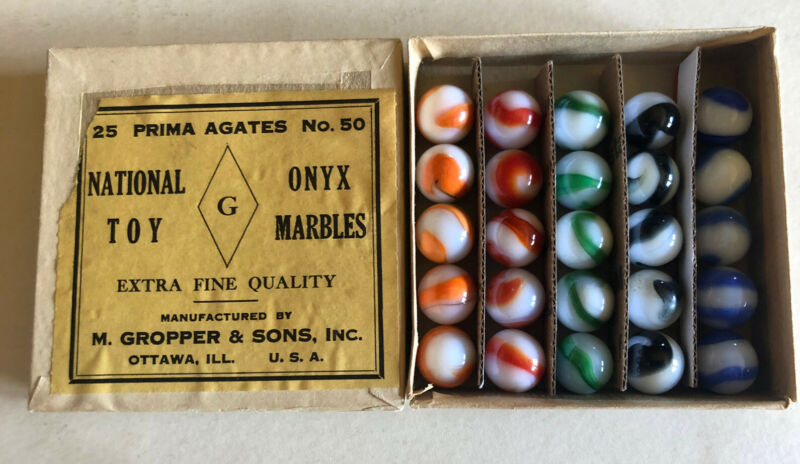 Vintage M. Gropper & Sons Marble Jobber Box With 25 Akro Agate Corkscrews