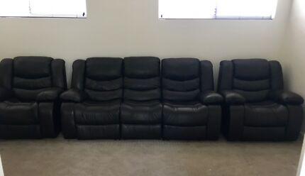 Black Leather Theatre Lounge