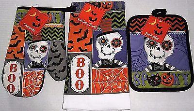 HALLOWEEN Oven Mitt,Pot Holder and Towel Set  SPOOKY](Halloween Oven Mitts)