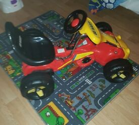 MOTORISED GO KART WITH CHARGER - USED ONCE - GOES 5MPH