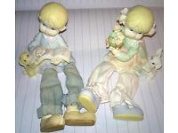 shelf dolls