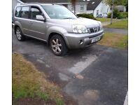 Nissan x trail jeep. 4 wheel drive 4wd land rover freelander qashqai kugs patrol hi lux