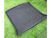 Car boot liner tray for VW Sharan or SEAT Alhambra (2010 onwards)