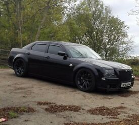 Chrysler 300c SRT8 6.1 V8 HEMI muscle car, not for the faint hearted!