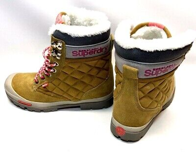 Superdry Winter Boots Womens Size US 8 EUR 39 Tan Pink Suede Faux Fur Lined EUC