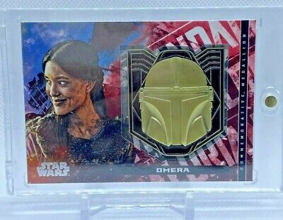 Topps The Mandalorian Season 1 Omera with Helmet Medallion with Case Red 25/99 M