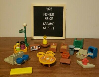Fisher Price Little People Vintage Sesame Street Lot of 20