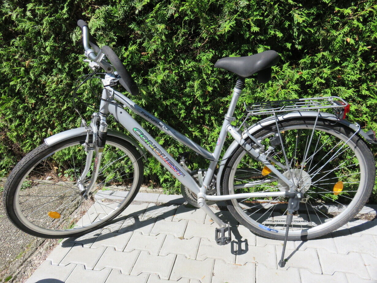 28 Zoll Damen City Trekking Rad Shimano 24 Gang Federgabel Silber