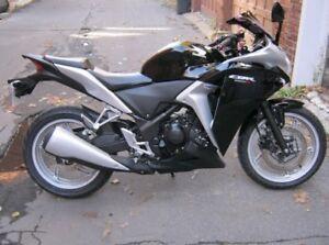 Honda CBR250R -  15 000km!!