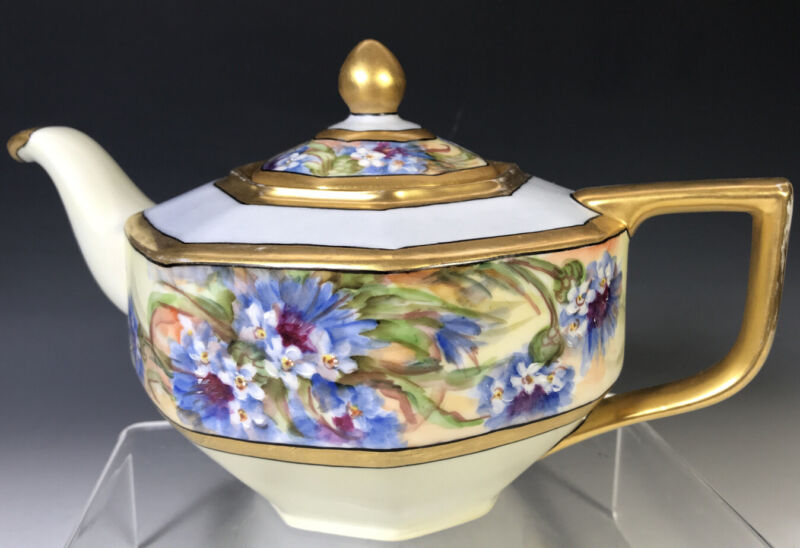 Hand-painted Tea pot