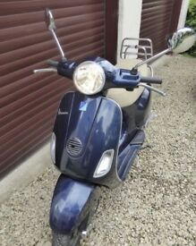 Vespa Lx 125 midnight blue