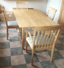 Mapel Dining Room Table and four Chairs