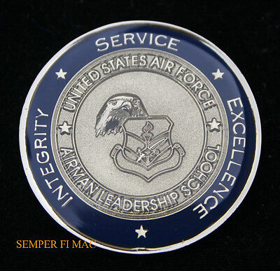 US AIR FORCE AIRMAN LEADERSHIP SCHOOL CHALLENGE COIN AFB BALD EAGLE GRADUATION - Leaders Bald Eagle