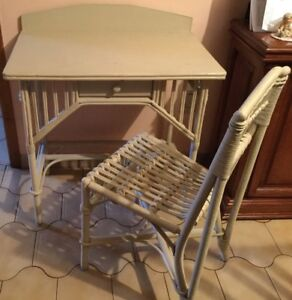 Ivory Wicker Desk with chair