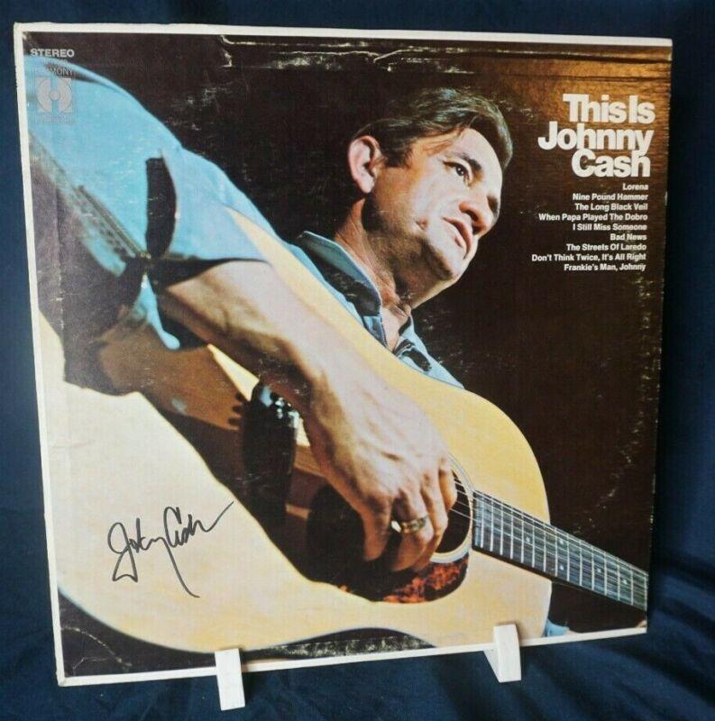 Johnny Cash – This Is Johnny Cash Autograph Signed LP Record Album 1969