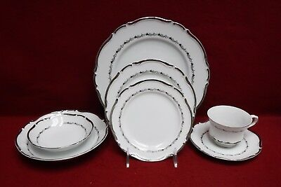 SEYEI china MARQUIS 4689 pattern 7-piece Place Setting with Fruit & Soup Bowls China Marquis