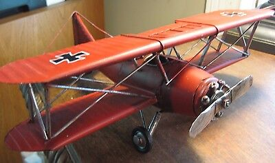 VINTAGE STYLE  RED BARON GERMAN  METAL BI-PLANE MILITARY AIRCRAFT MODEL AIRPLANE