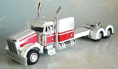 "DCP WHITE RED PETERBILT 379 63"" FLATTOP SLEEPER CAB 1/64 60-0840 C"