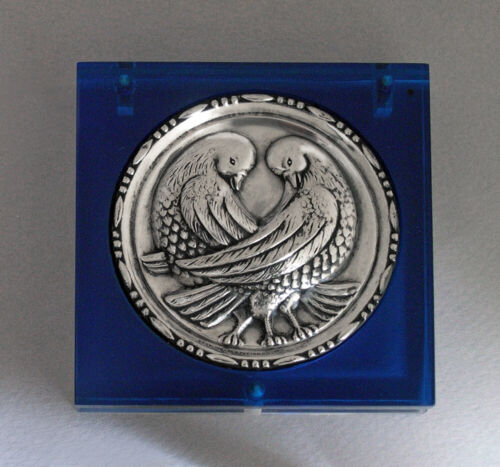 Vintage 1940's Blue Lucite Sterling Silver Love Birds Doves Compact