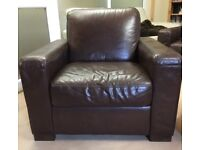 Quality Brown Leather 2 seater and 2 arm chair suit.